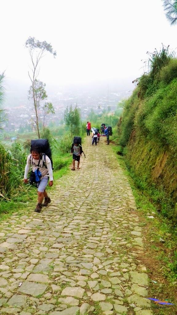 ngebolang gunung prau dieng 13-14-mei-2014 pen 007