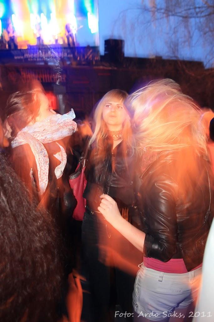 27.04.11 Katusekontsert The Smilers + aftekas CT-s - IMG_5725_filtered.jpg