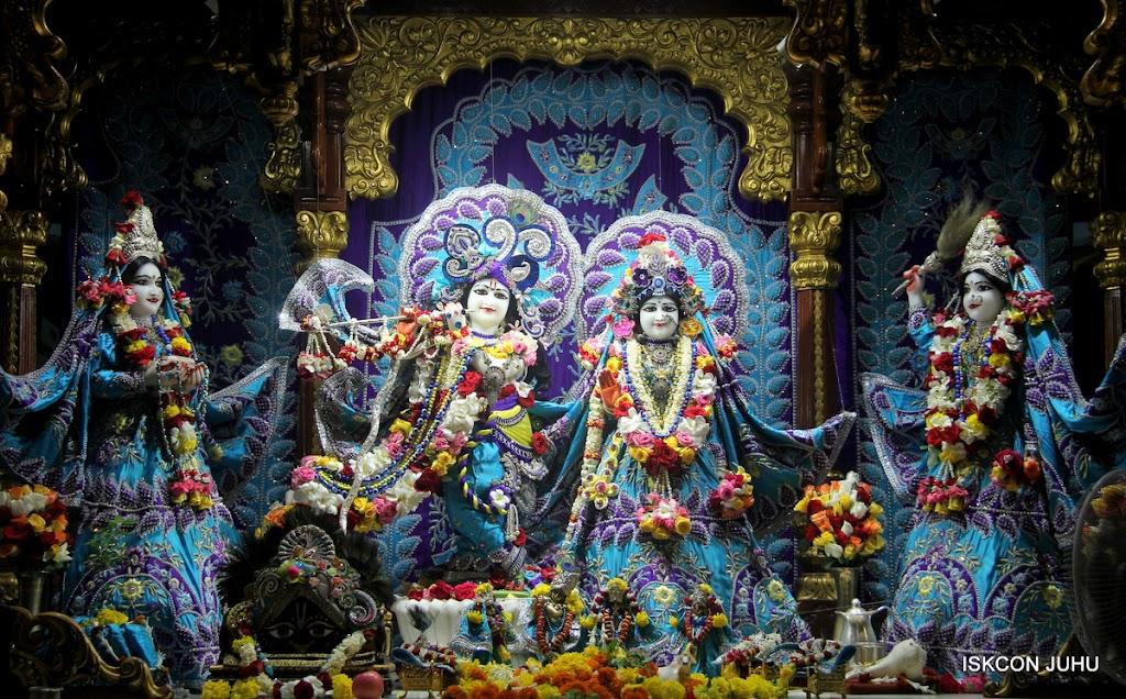 ISKCON Juhu Sringar Deity Darshan on 7th July 2016 (1)