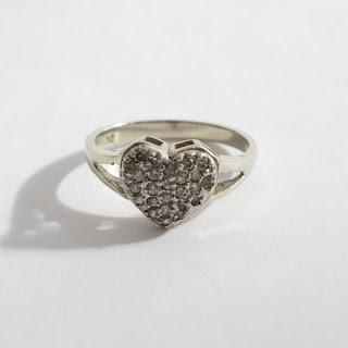 14K White Gold & Diamond Heart Ring