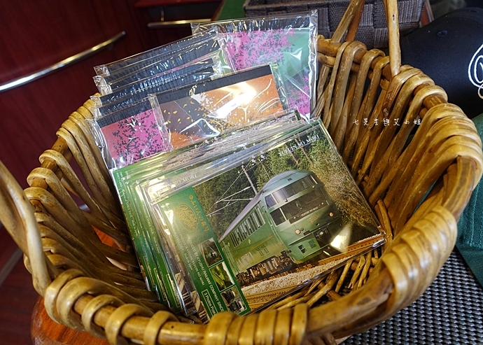 28 17 【日本九州】JR特急 由布院之森(ゆふいんの森)-優雅復古風觀光列車,九州旅遊必搭~(內含JR九州鐵路周遊券/JR九州Pass分享)