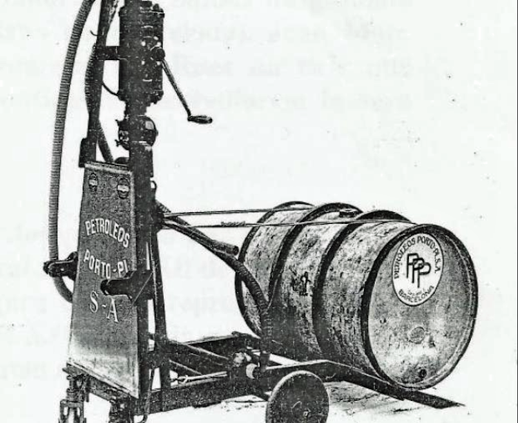 Benzinera transportable de Josep Marsal Canyelles. Reusdigital.cat.png