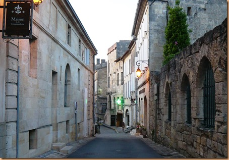 St Emilion the buildings3