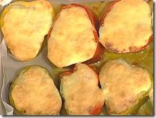 Peperoni ripieni con crosta di mozzarella