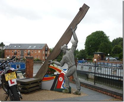 2 sculpture in m harborough basin