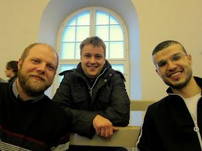 Photo: Roi, David og Mohammed. Mænd af bogen.