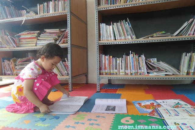Perpustakaan RPTRA Kembangan Jakarta Barat