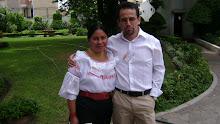Participante Rocio Cachimuel junto al Dr. Eddie Condor