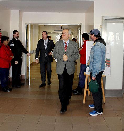 O administrador do hospital das Caldas guiou o bastonário da Ordem dos Enfermeiros na visita às urgências