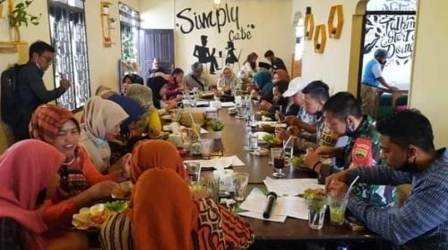 Suasana Kekinian dan Menu Beragam, Jadi Keunggulan Simply Cafe