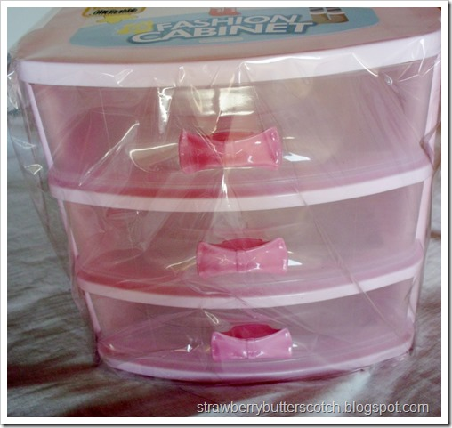 Pretty Pink Plastic Drawers