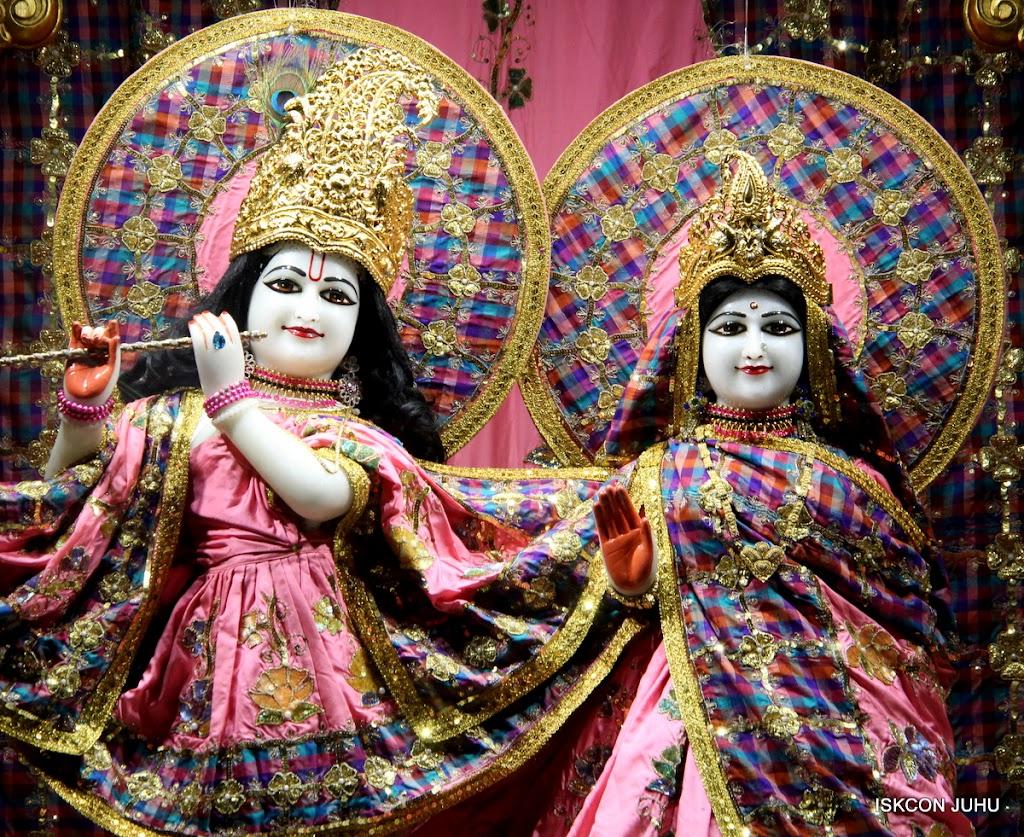 ISKCON Juhu Mangal Deity Darshan 09 Apr 16 (25)