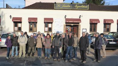 Photo: Dans les starting-blocs pour le départ de Jouy en Josas (78)