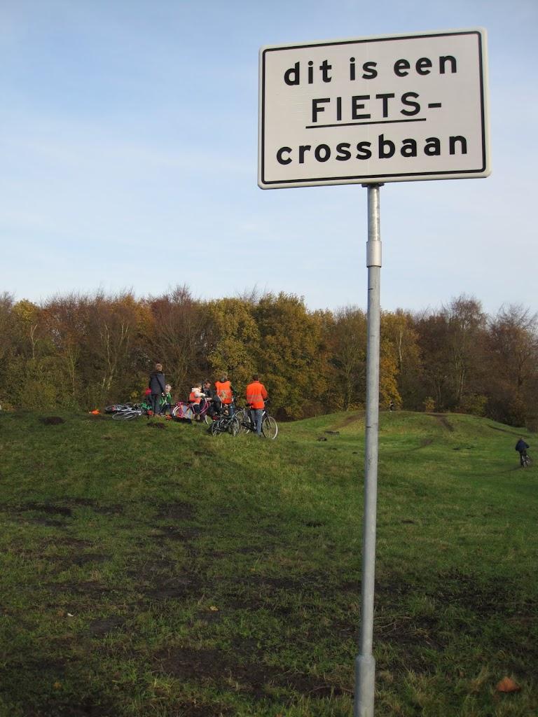 Welpen - Crossbaan - IMG_4970.JPG