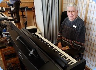 Our host, Jim Nicholson, playing the Clavinova CVP-609.