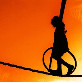 child tightrope walk by Rajesh Kumar - News & Events World Events