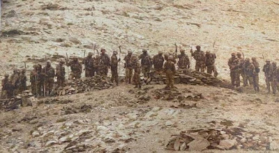 chinese soldiers near indian post