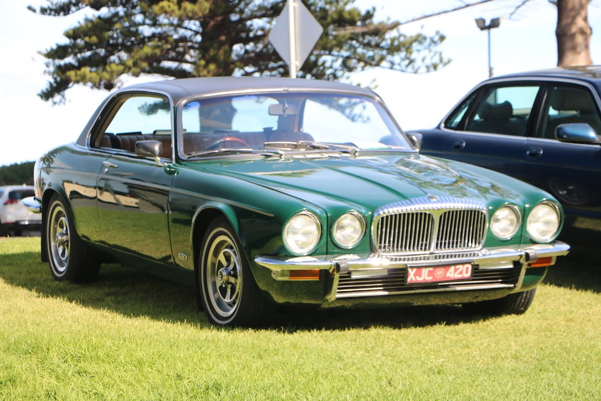 Jaguar XJ6 -  British_Classic_Tour_6_May_2018_0213.JPG