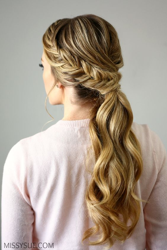 PRETTY HORSETAIL HAIRSTYLES FOR ATTRACTIVE LADY 15