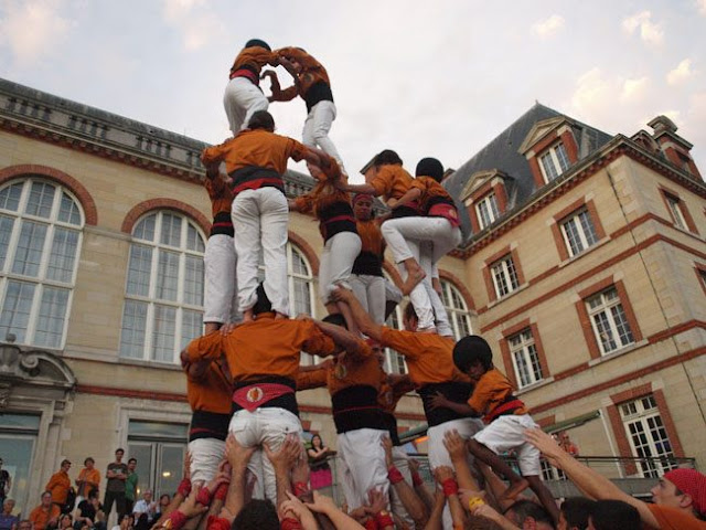Sagals dOsona a París - 100000832616908_658456.jpg
