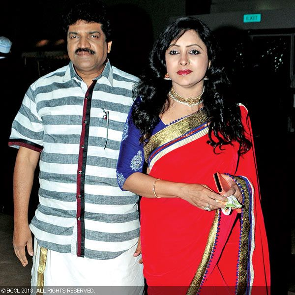M G Sreekumar and Lekha during Asif Ali and Zama Mazreen's wedding reception held in Kerala.