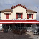 Gare de Montfort-l'Amaury - Méré : café Victoria Station