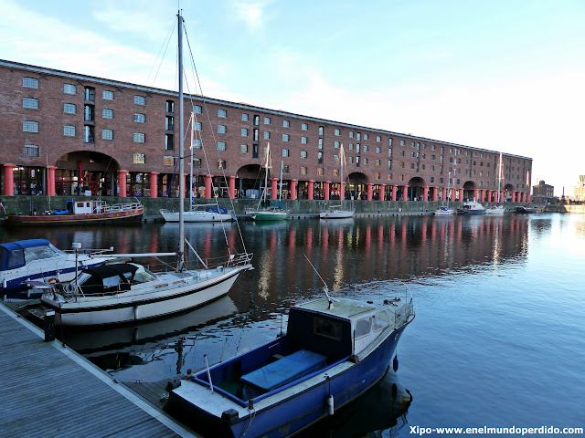 albert-dock-liverpool.JPG