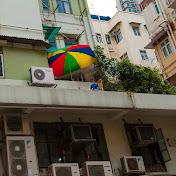 Если у местного жителя есть хоть какая-то возможность сделать себе маленький приусадебный участок, он этой возможностью воспользуется. Даже если этот приусадебный участок будет размером 1 квадратный метр и расположен на крыше 37-этажного здания.
