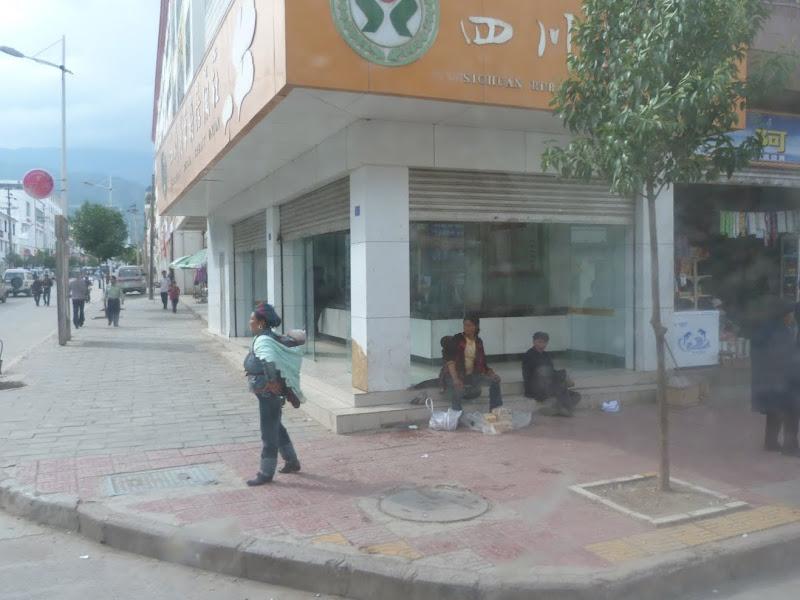 CHINE.SICHUAN.LEI BO,petite ville , escale pour aller à XI CHANG - 1sichuan%2B663.JPG