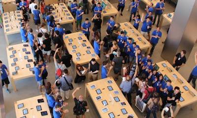 Tim Cook y John Browett pueden estar cambiando Apple Retail: ¿Cuáles son las consecuencias?