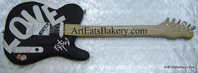 Custom 3D electric guitar men's groom's cake desgn