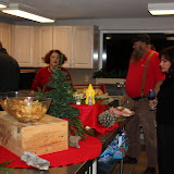 2009 Clubhouse Christmas Decorating Party - IMG_2575.JPG