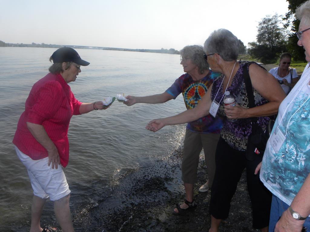 Judy Keplinger, Beth Pederson, Ann Butler