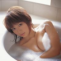 Bomb.TV 2007-03 Yuika Hotta BombTV-hy003.jpg
