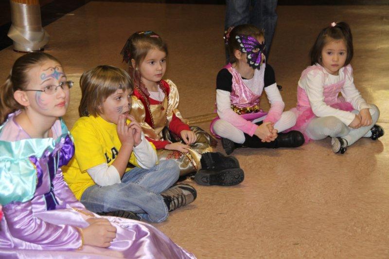 Mardi Gras for Kids - dsc00017.jpg
