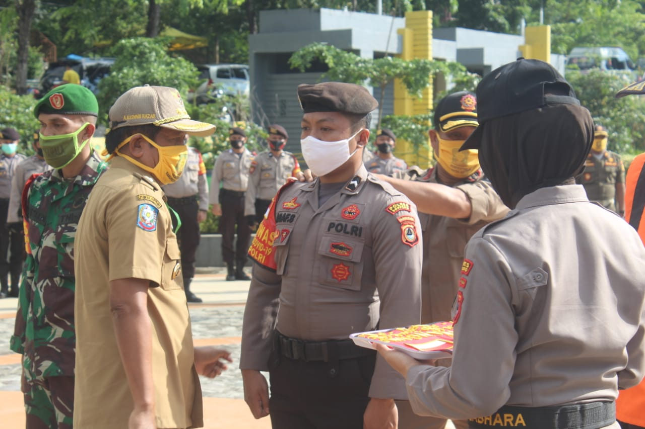 Polres Soppeng Gelar Apel Gabungan Dalam Rangka Pendisiplinan Masyarakat Menuju New Normal