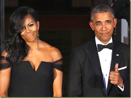 rs_1024x759-160802191725-1024.Barack-Obama-Michelle-Obama-Thumbs-Up.2.ms.080216