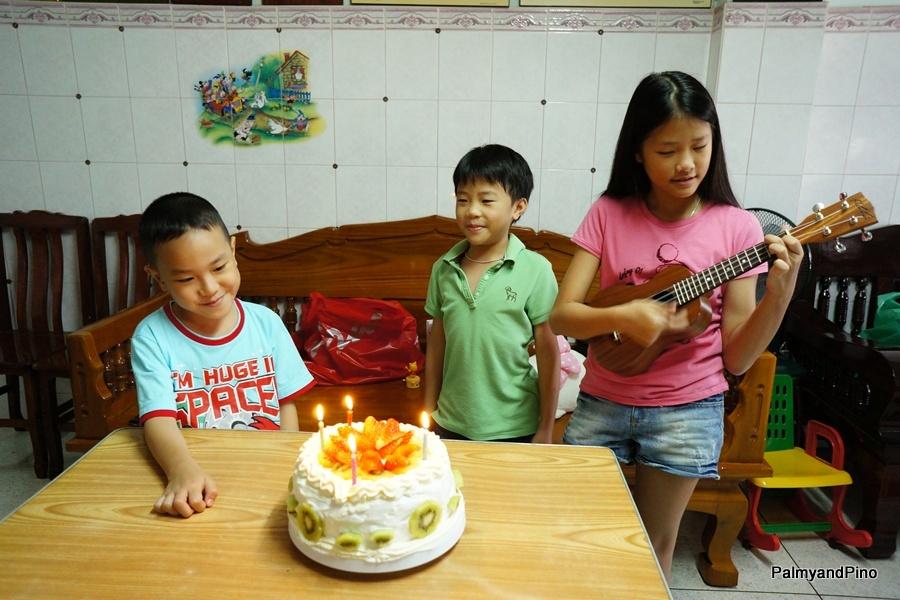 690 Palmy s Birthday