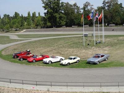 2017.08.24-003 les voitures à louer sur l'autodrome (12h21)