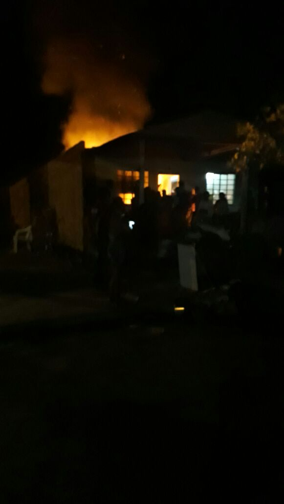 Em Itaituba: Homem morre carbonizado após atear fogo em residência no vale do piracanã.