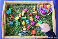 Montessori Inspired Tweezing Insects Activity