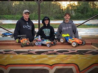 1/8 Nitro Buggy / Truggy - 1st: Tyler Parrish, 2nd: Brian Potts, 3rd: Mark Parrish