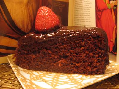 Manuela: Feliz Aniversário!!! Bolo%20de%20chocolate%20da%20manuelaIMG_0016