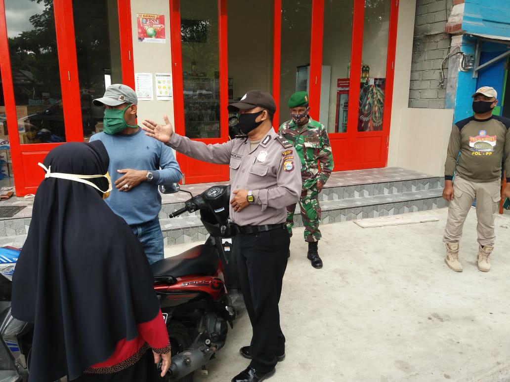 Gabungan TNI-Polri, Satpol PP dan Instansi terkait gelar Operasi Yustisi di pasar Bontomatene