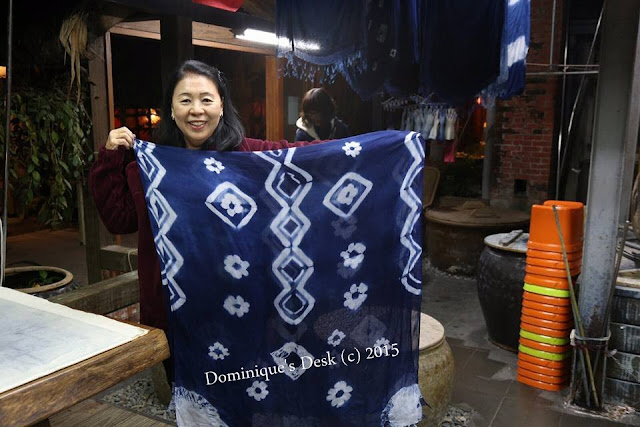 The design on grandma's scarf
