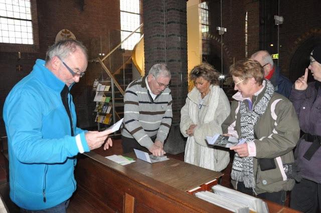 Wandelaars van Camino der Lage Landen in de Martinuskerk - DSC_0050.jpg