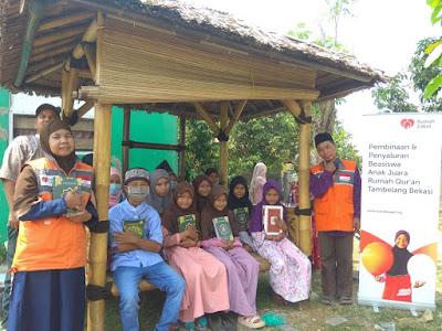 Mengaji Perdana di Saung Quran Binaan Rumah Zakat Tambelang Bekasi