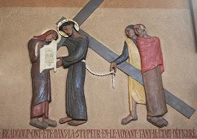 VIème Station : Véronique essuie le visage de Jésus