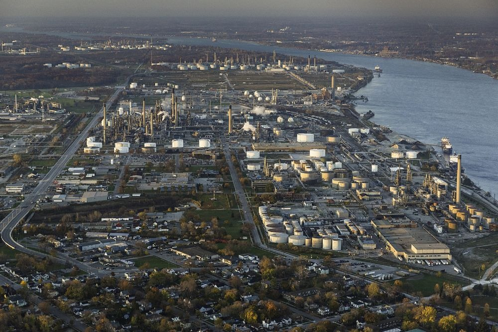 sarnia-chemical-valley-11
