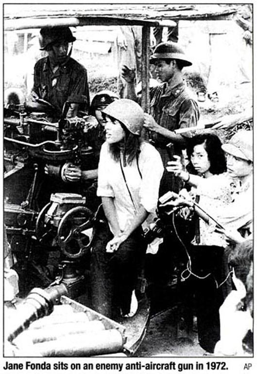 [Hanoi-Jane-Fonda-sets-on-an-Enemy-ainti-aircraft-gun-SOURCE-Unknown%5B3%5D]